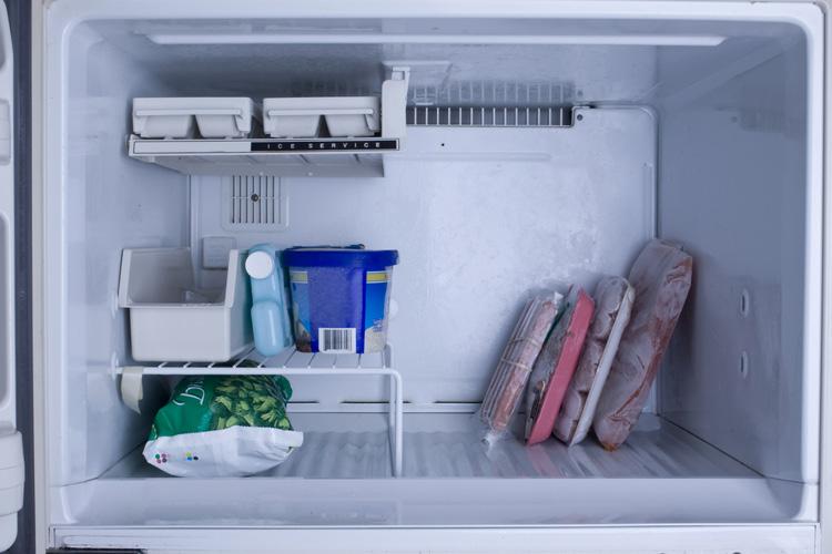 تجميد اللحوم في الثلاجة