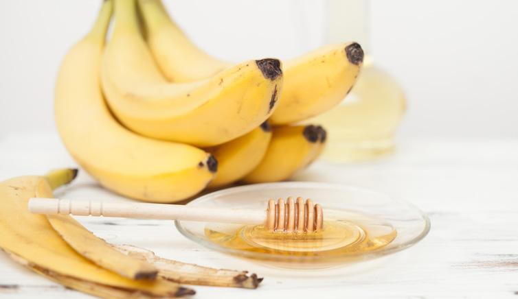 فوائد الموز والعسل