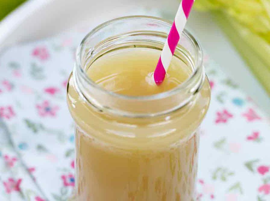 عصير الإجاص والتفاح
