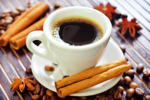 طريقة عمل قهوة بالقرفة