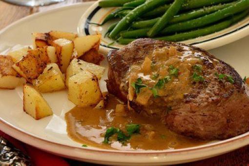 شرائح اللحم مع صلصة المسترد