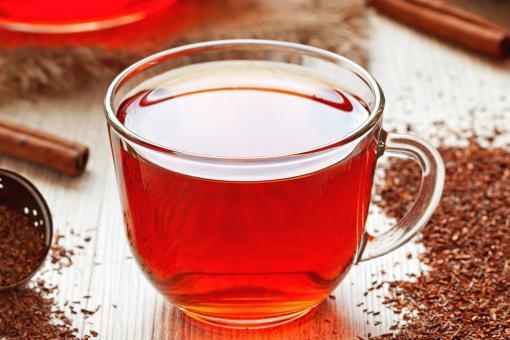 طريقة عمل الشاي الأحمر