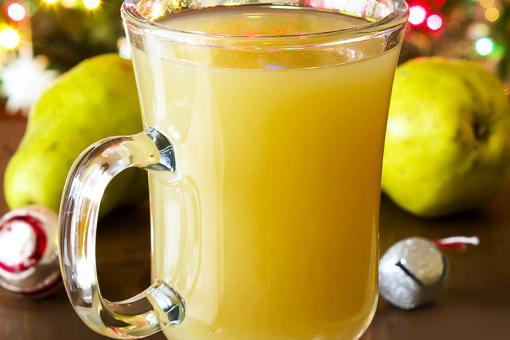 طريقة عمل عصير الإجاص بالبرتقال