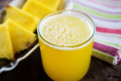 عصير الأناناس بالبرتقال