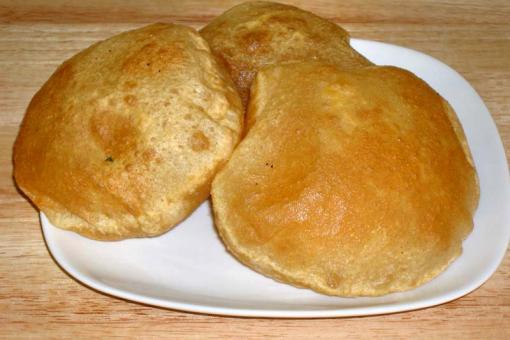 خبز البوري الهندي