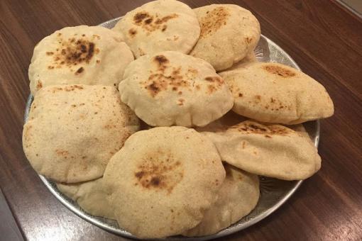 طريقة عمل الخبز الشامي