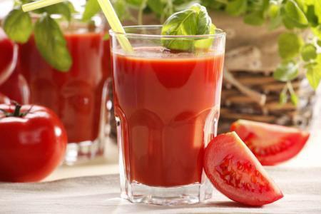عصير الطماطم