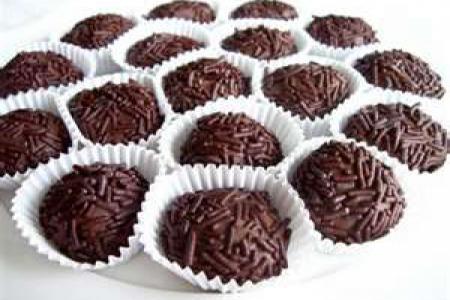 طريقة عمل كرات بسكويت بالشوكولاته