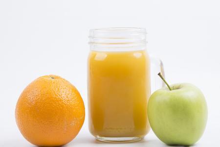 طريقة عمل عصير البرتقال والتفاح