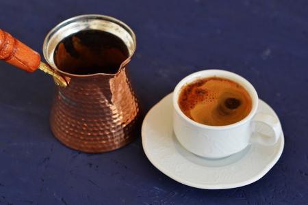 طريقة عمل القهوة التركية الأصلية في البيت