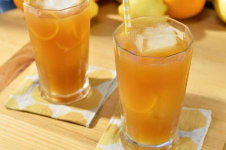 الشاي البارد بالبرتقال
