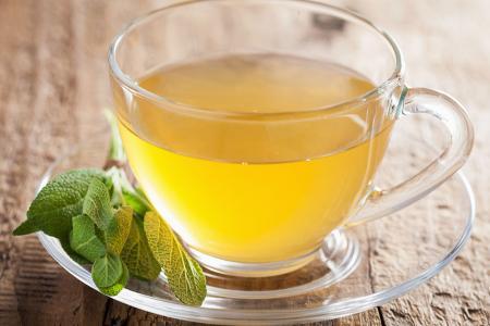 طريقة عمل شاي أخضر بالميرمية