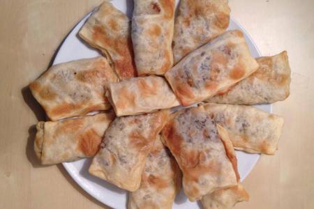 لحم بعجين بيروتي